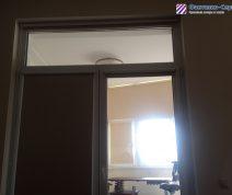 rulonnye-shtory-na-balkone-03